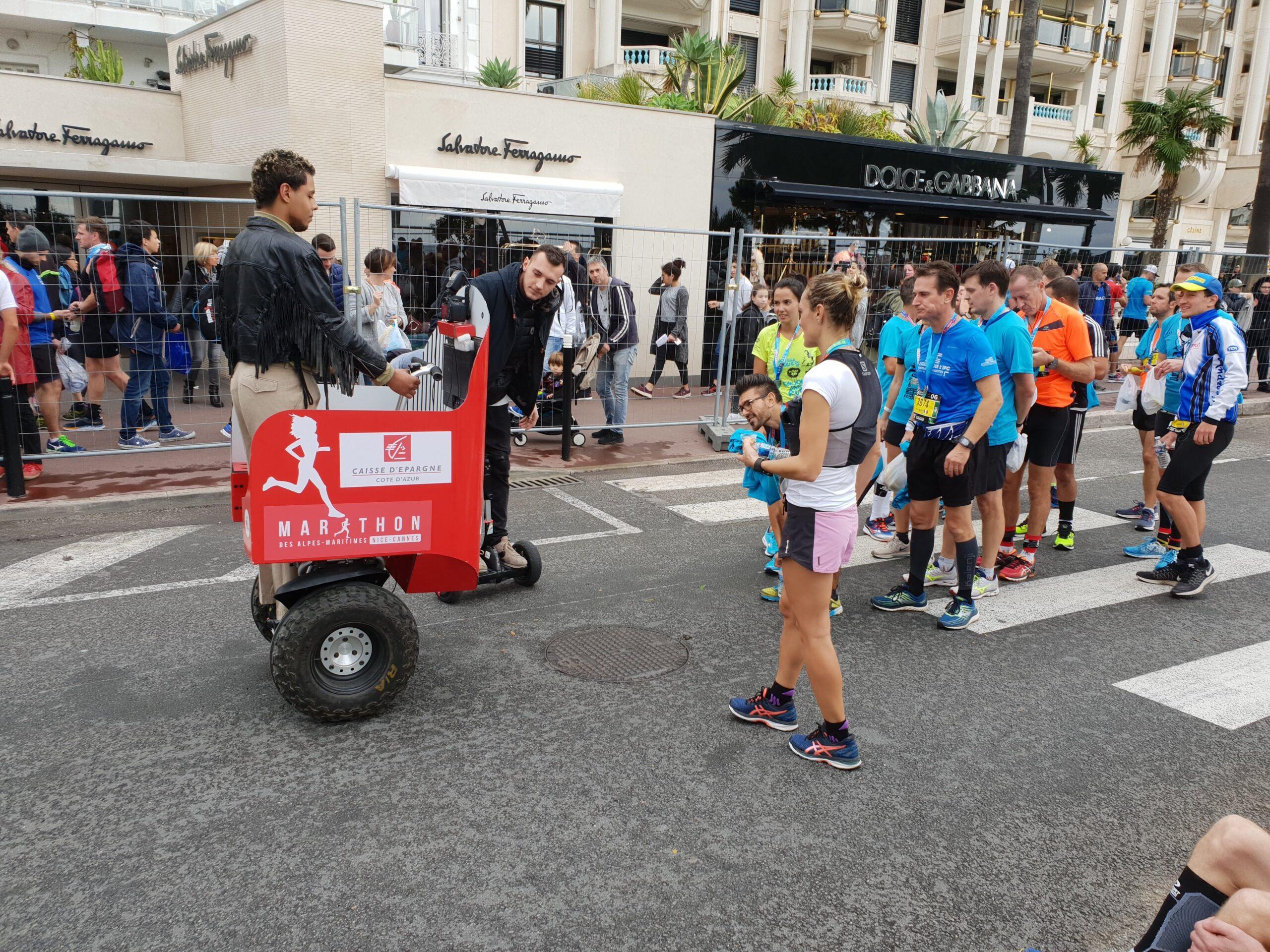 streetbooth sponsorisé par la caisse d'épargne durant le marathon
